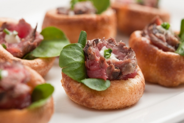 Christmas cold canape menu alistair hugo london for Canape menu prices